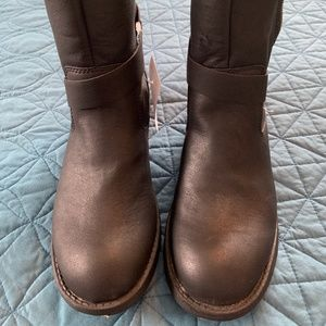 WOMEN'S BLACK BOOTS. SIZE 6.5.  ROCKET DOG. NWT
